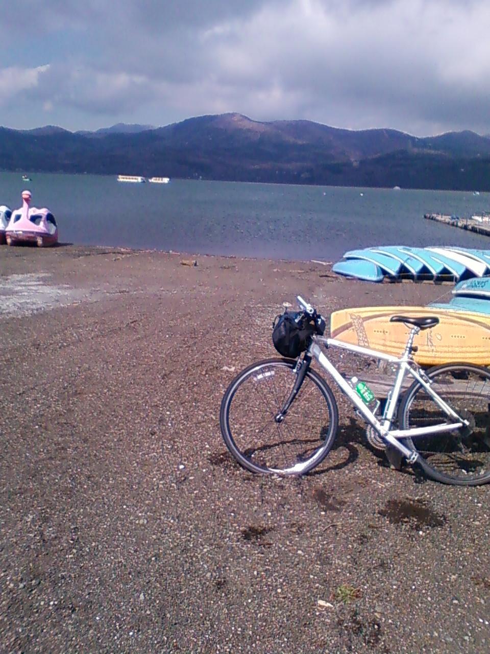 山中湖に着きました