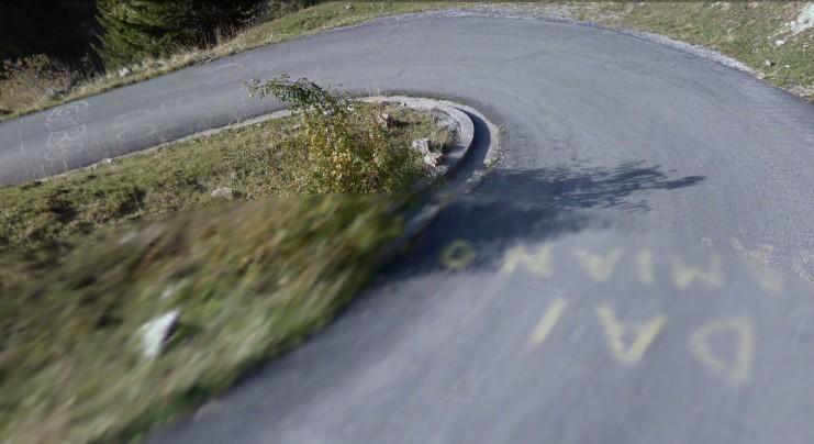 Cut2011_0519_0007_12_2
