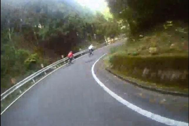 Cut2011_1129_0646_06